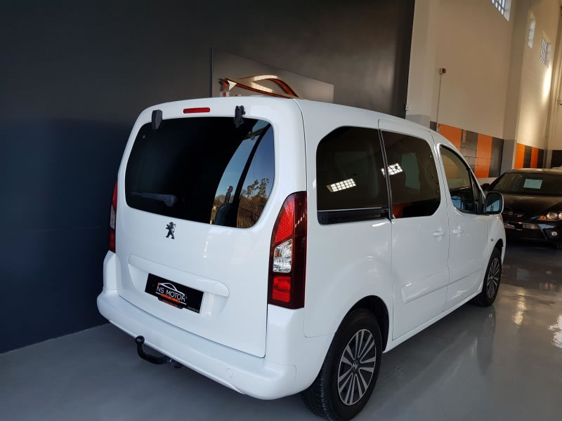PEUGEOT PARTNER ACTIVE TEPEE 1.6 HDI 115CV DOBLE PUERTA LATERAL
