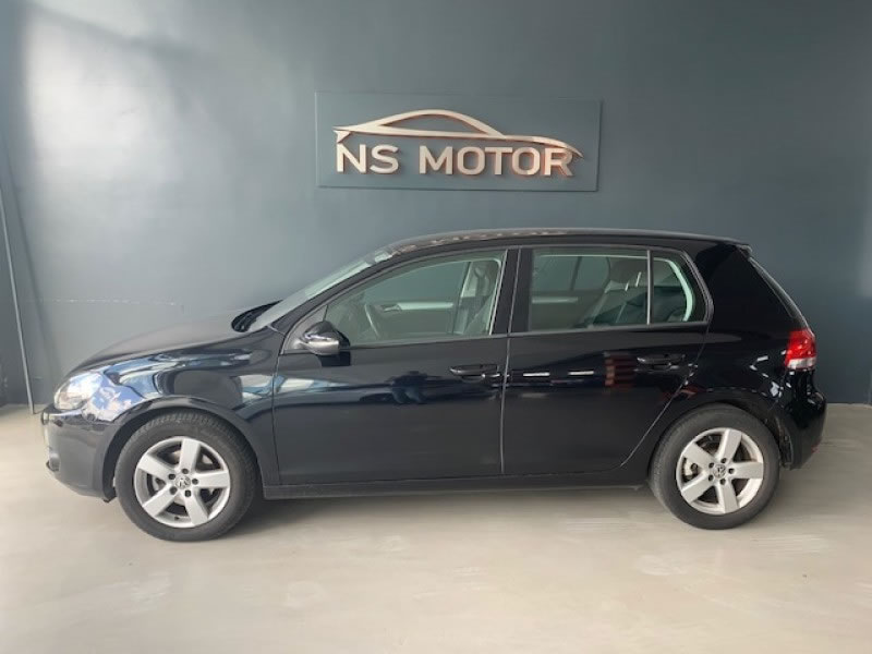 VOLKSWAGEN GOLF VI 1.6 TDI 105CV BLUEMOTION SPORT