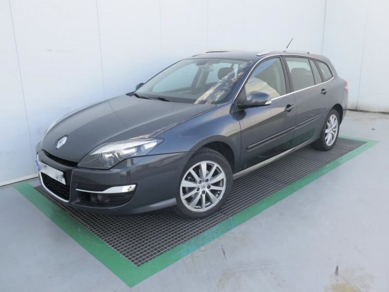 RENAULT LAGUNA GRAND TOUR 1.5 DCI DYNAMIQUE TOM TOM FULL
