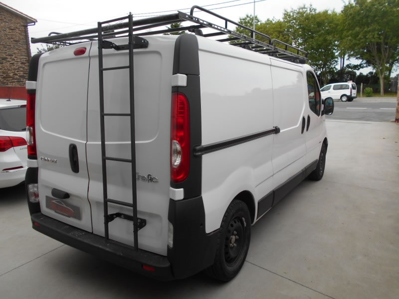 RENAULT TRAFIC 2.0 DCI 115